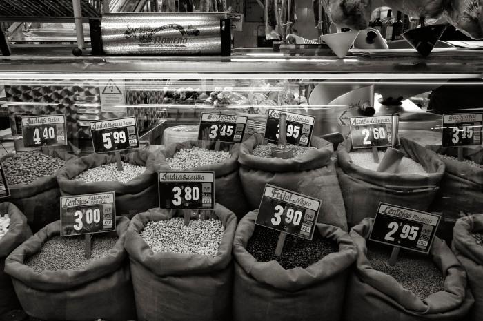 Beans and lentils, Market, Madrid